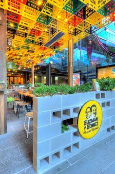 Guzman y Gomez Mexican Restaurant Decor, Outdoor Restaurant Patio, Restaurant Interior Design, Cafe Interior, Shop Interior Design, Cafe Design, Store Design, Bar Bistro, Retail Facade