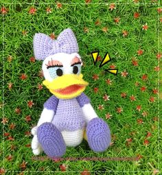 Daisy Duck 8.5 inches - PDF amigurumi crochet pattern