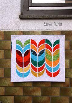 Shape Moth: Wannabe Feathers {Modern Mini Quilt Challenge}