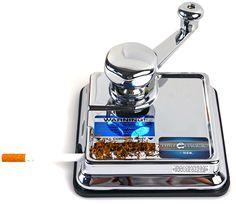 Zigarettenstopfmaschine aus dem Hause OCB ! Top Qualität! Erstklassige Verarbeitung. Inkl. 2-teiliges Ersatzteilset. Die Maschine ist mit nichts zu vergleichen! Spart nicht nur Zeit sondern auch Geld. Gehäuse ist vollständig aus verchromten Metall. Sehr gute Standfestigkeit auf dem Tisch. Vollflächige rutschfeste Gummiunterlage. Perfekt gestopfte Zigaretten sorgen für höchsten Rauchgenuss. Sehr einfache Bedienung.
