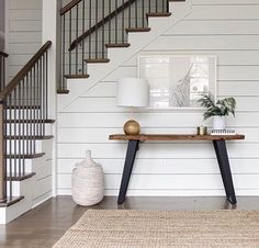 @parkandiakdesign simple, clean foyer with natural elements