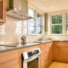 Country Kitchen Tile Backsplash Design Ideas, Pictures, Remodel, and Decor - page 3    (Change out the pulls & knobs, reface a few cupboards??)