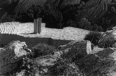 Casa Hartley in Sardinia by Alberto Ponis | anyonegirl