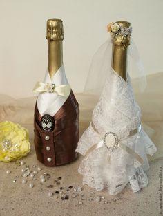 Купить Украшение свадебных бутылок Жених и Невеста - бутылки свадебные, бутылка декоративная, Бутылка шампанского