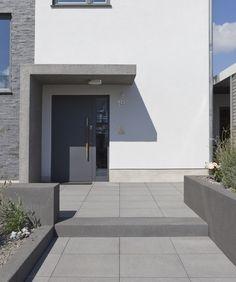 Eingangsbereich & Außentreppe - Rinn Betonsteine und Natursteine