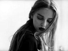 .dark lips