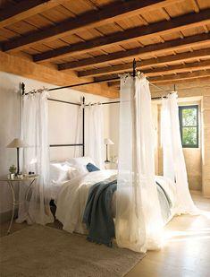 Warm winter in Spain #canopy #bed #bedroom #design #idea #rustic #country #colonial #beams #wood #light #cozy #spanish #design #idea