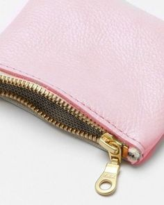 11921b793689 39 Best Pale Pink bag styling images