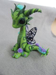 Polymer Clay Schmetterling rose Drachen