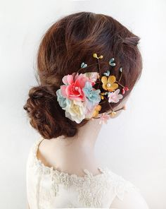 coral and turquoise wedding hair accessories, bridal hair clips for summer weddings 2017 by The Honeycomb: shop online: thehoneycomb.etsy.com