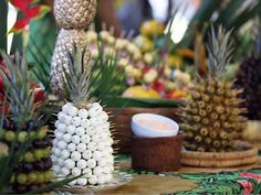 Abacaxi Aperitivo- Ideias E Passo A Passo Prom Party, Party Time, Appetizer Recipes, Appetizers, Food Net, Canapes, Flamingo, Buffet, Pineapple