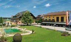 Hotel-Gasthof Gastagwirt - der Seminargasthof in Eugendorf bei Salzburg Hotels, Golf Courses, Mansions, House Styles, Home Decor, Places, House, Decoration Home, Room Decor