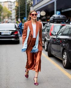 Olivia Palermo in rust slip satin skirt withslip skirt Olivia Palermo in rust slip satin skirt withslip skirt,Casual outfit Related posts:- - - Jewelry necklacesDouble Spiral Lariat Necklace Gift for. Estilo Olivia Palermo, Olivia Palermo Street Style, Olivia Palermo Lookbook, Leather And Lace, Diane Von Furstenberg, Stylish Outfits, Fall Outfits, Satin Skirt, Silk Skirt