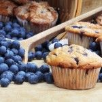 Muffin Basics – Homemade Muffin Recipes - Homemade muffins are easy to make! This post includes easy basic homemade muffin recipes along with tips and add-ins to make your muffins extra yummy! Healthy Blueberry Muffins, Gluten Free Blueberry, Blue Berry Muffins, Blueberry Biscuits, Blueberry Cupcakes, Muffin Recipes, Breakfast Recipes, Breakfast Muffins, Free Recipes