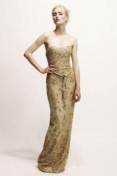 Marchesa+Resort+2010+Strapless+Gold+Gown