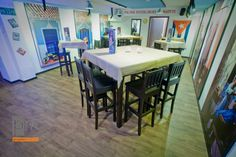 Wysoki stolik i hokery , http://www.projektmebel.pl/meble-do-restauracji