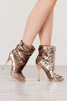 Sequin Peep Toe Stilettos in black, rose gold and Green Shoes Heels Pumps, Stilettos, Stiletto Heels, Black Peep Toe Heels, Heeled Boots, Shoe Boots, Ankle Boots, Hot High Heels, Sexy Heels