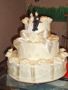 bolo falso de casamento