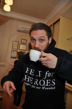 Tom Hardy supporting Help for Heroes with a cup of tea. Tom Hardy Dog, Tom Hardy Actor, Help For Heroes, Toms, Hot Actors, Tea Blends, Screenwriting, Robert Pattinson, Beautiful Men