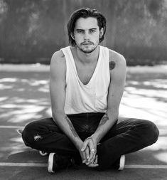 Morre aos 28 anos o skatista e modelo Dylan Rieder