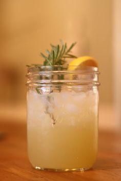Lemon Rosemary Fizz (non-alcholic but sounds yummy!)