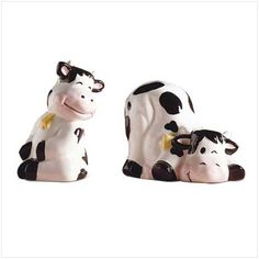 Google Image Result for http://i00.i.aliimg.com/photo/100255229/Cow_Salt_And_Pepper_Shakers.jpg