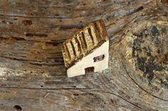 Casa di argilla in miniatura figura Mountain di LinaECreations