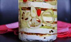 Nakládaný hermelín se sušenými rajčaty Kefir, Brie, Preserves, Pickles, Pudding, Cheese, Cooking, Kitchen, Desserts