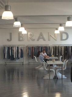 Kollektion J Brand in München Sommer 2015
