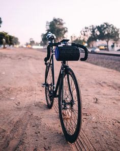 MOBILE REBELS - Fixies in the dirt? Only with a burrito supreme up front   @jacobversus smashing those dirt foo pics! by roadrunnerbags