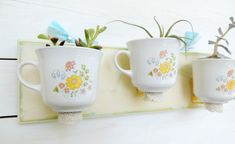 40 Ideas of How To Reuse Tea Cup Artistically        Ooh!    I like this one.         http://www.architectureartdesigns.com/40-ideas-of-how-to-reuse-tea-cup-artistically/