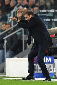 Juventus FC head coach Massimiliano Allegri reacts during the Serie A match between Juventus FC and Udinese Calcio at Juventus Stadium on October 15, 2016 in Turin, Italy.
