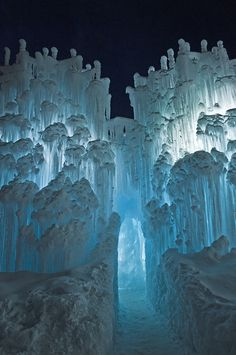 Ice Castles in Midway, Utah gift for mom Midway Ice Castles Snow And Ice, Fire And Ice, Beautiful World, Beautiful Places, Beautiful Castles, Fuerza Natural, Snow Castle, Ice Castles, Famous Castles