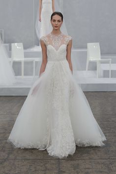 Monique Lhuillier Bridal Spring 2015 November Lily | Dallas based luxury and bridal styling #novlilystyle #luxurystyling #bridalstyling