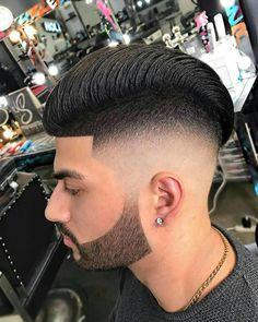 #barber#barbers#barberlife#barberhub#barberlove#barberworld#barbernation#haircut#barbergang#barbershop#hairstyle#menfashion#hair#moda#fashion#shave#berber#hairstyle#skinfade#kuaför#coolhair#newhair#newhaircut#photographer#photography#instahair#erkek#saç#sakal#hairfashion#hairlove http://turkrazzi.com/ipost/1521645275260502177/?code=BUd-FDaDcCh
