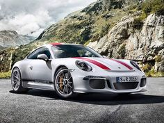 911 R Price skyrockets to set a record. Over $1000000 now. Is it worth it?