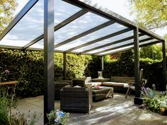The pergola you choose will probably set the tone for your outdoor living space, so you will want to choose a pergola that matches your personal style as closely as possible. The style and design of your PerGola are based on personal Diy Pergola, Wooden Pergola Kits, Building A Pergola, Metal Pergola, Pergola With Roof, Covered Pergola, Modern Pergola, Gazebo, Outdoor Pergola