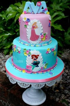 Disney Princess' cake