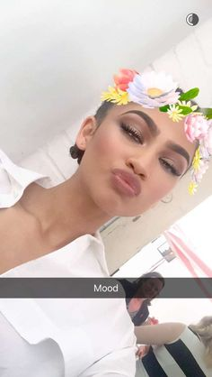 Zendaya via @/glamourmag snapchat 4/20/16