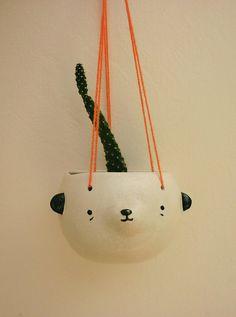 Hanging pot. Miriam Brugmann