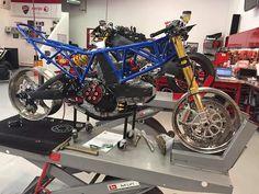Ducati 1198s, Ducati 900ss, Triumph Cafe Racer, Ducati Motorcycles, Yamaha, Tvs Motor Company, Mv Agusta Dragster, Norton Motorcycle, Honda Cbx