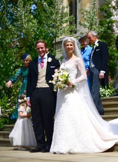 Lady Gabriella Windsor Photos - Lady Gabriella Windsor and Thomas Kingston pose after their wedding at St George's Chapel, Windsor Castle on May 2019 in Windsor, England. - The Wedding Of Lady Gabriella Windsor And Mr. Second Wedding Dresses, Second Weddings, Wedding Gowns, Wedding Ceremony, Bridal Gown, Wedding Bells, Lace Wedding, Royal Brides, Royal Weddings