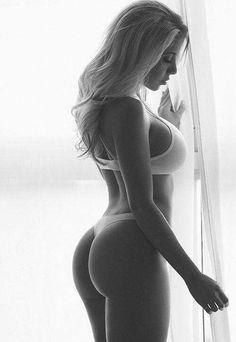 Finest Sexyness — Sexy Babe