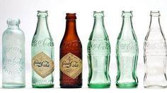 Coca-Cola fête les 100 ans de sa bouteille en verre. La dernière version de la bouteille en verre fut commercialisée en 1991 - Crédits Photo: Coca-Cola