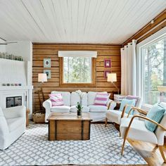 Pine wall, white ceiling, white curtain.