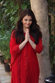 Red but not hot . Saree, Beauty, Fashion, Moda, Fashion Styles, Sari, Beauty Illustration, Fashion Illustrations, Saris