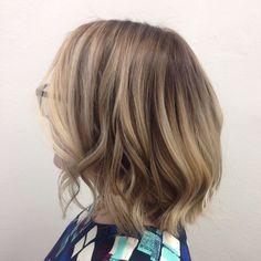 VÄRJÄYKSIÄ -Yazz Hair | Parturi-kampaamo Turku