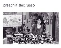 Alex gets it. it is ironic how it wasn't actually Selena who said that but the writers of the show Funny Quotes, Funny Memes, Hilarious, Jokes, 90s Memes, Tv Quotes, Selena Gomez, Phineas Y Ferb, Alex Russo