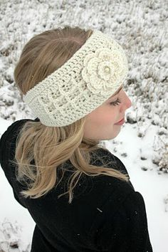 fejpánt Anna Crochet Headband Headwrap And Flower By Marissa - Purchased Crochet Pattern - (etsy) Bandeau Crochet, Knit Or Crochet, Learn To Crochet, Crochet Scarves, Crochet Crafts, Yarn Crafts, Crochet Clothes, Crochet Headbands, Crochet Flower