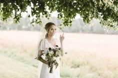 Bryllup - Moment Studio In This Moment, Studio, Wedding Dresses, Fashion, Bride Dresses, Moda, Bridal Wedding Dresses, Fashion Styles, Weeding Dresses